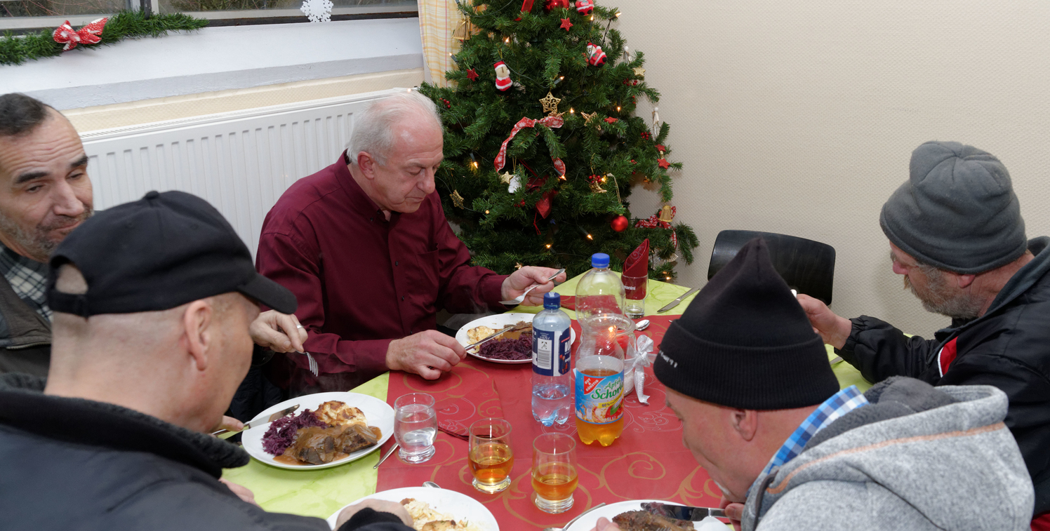 Weihnachtsessen Celle.Rotary Magazin Artikel Celle Ein Festmahl Für Bedürftige