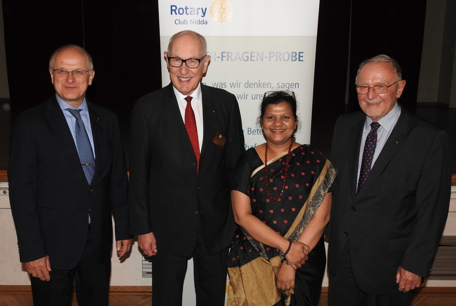 Bollywood in Nidda, Dirk Freytag, Governor