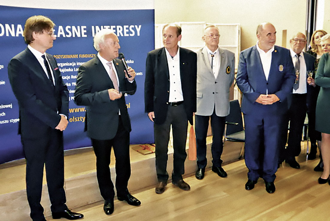 Ansprache von Gert-Peter Maekelburger zur 25-Jahr- Feier des RC Olsztyn, links  im Bild Präsident Krzysztof Marcza