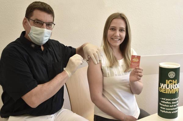 Polio-Spende für Covid-Spritze